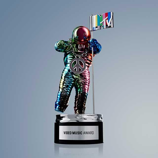 2015 MTV VMA'ler Sahiplerini Buldu
