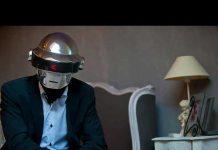 Daft Punk Üyesi Thomas Bangalter 'Reality'de Maskesiz