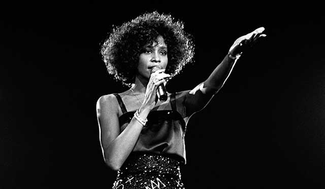 whitney-houston-hologram