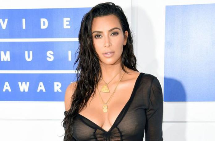 kim-kardashian-terapi-gorecek