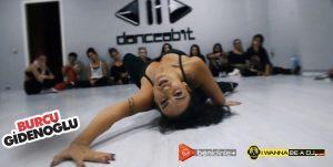 Profesyonel Dansçı Burcu Gidenoğlu ile Dans dersleri devam ediyor. Sizde katılabilirsiniz.